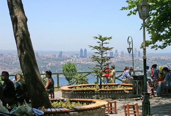 مطاعم بلدية اسطنبول camlicatepesi011.jpg