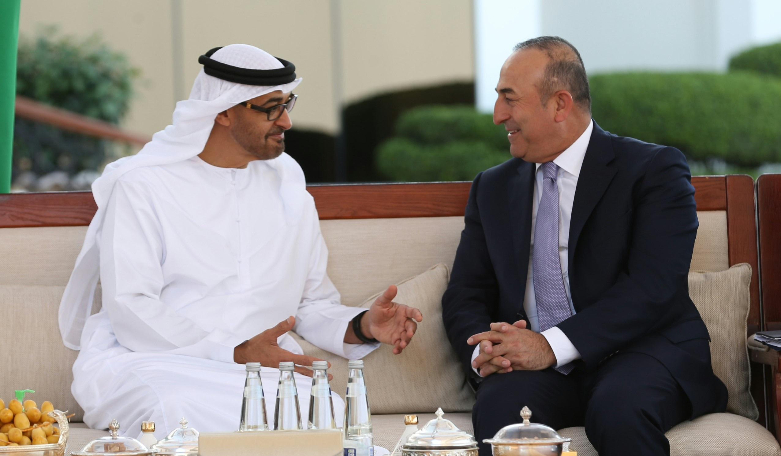 """وزير الخارجية التركي يعتبر زيارته إلى أبوظبي """"نقطة تحول"""" للعلاقات بين تركيا والإمارات 20160425_2_15687275_8054339"""