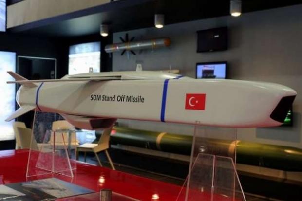 القوات المسلحة التركية تستلم الدفعة الأولى من صواريخ SOM-B1 طويلة المدى Ordunun-metal-firtinasi-som-fuzesi1
