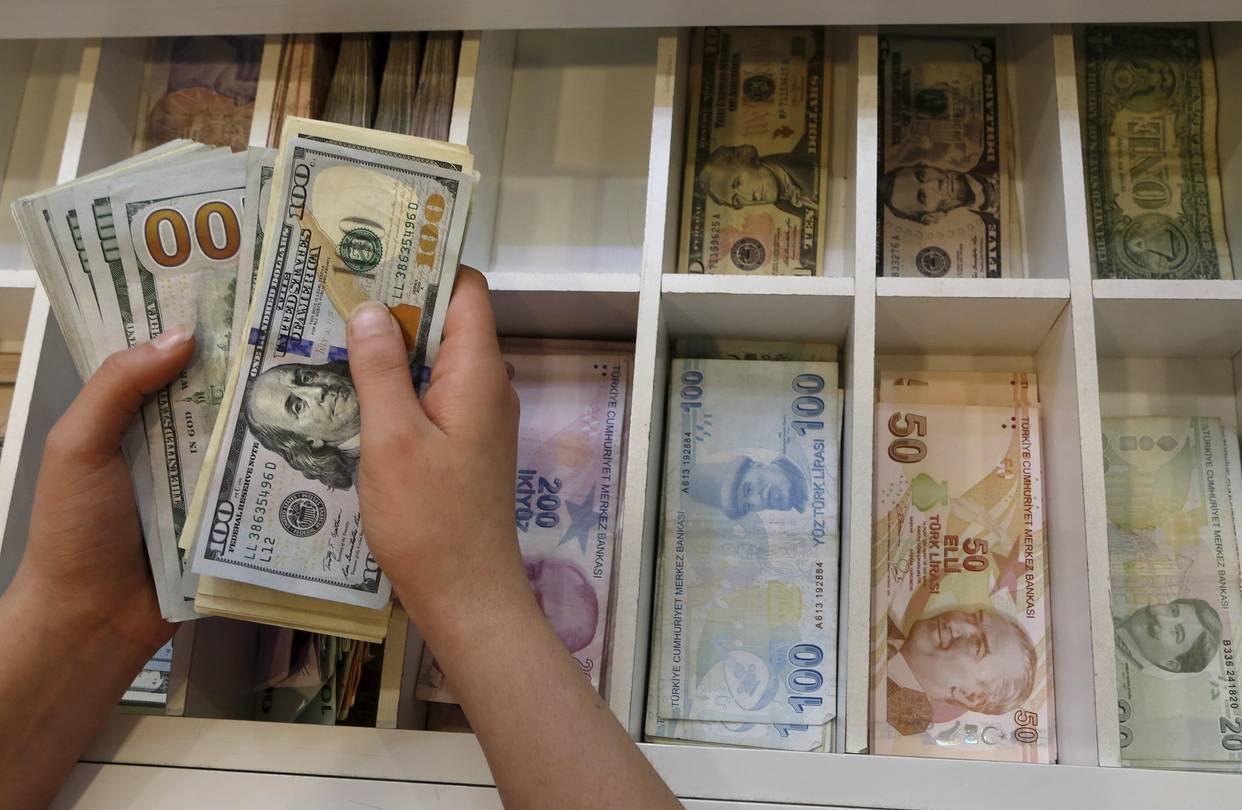 الدولار الأمريكي يرتفع مقابل الليرة التركية في خضم التوتر بين البلدين   ترك برس