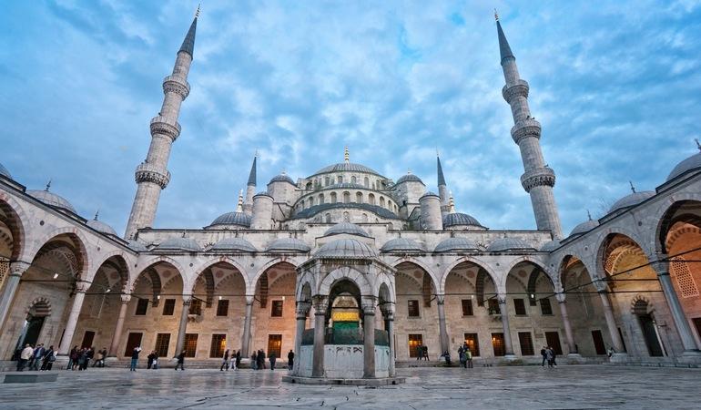 مسجد السلطان أحمد (أو المسجد الأزرق)