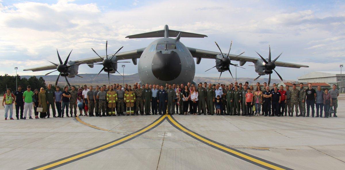 """تركيا تستلم طائرة النقل العسكرية """"A400M """" بعد أن شاركت في تصنيعها Dgrjgp_wsaawkov"""