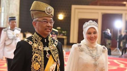 ملكة ماليزيا ليست من عائلة تقدّميّة..!